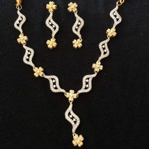 Jewelry - NEW Indian jewelry set
